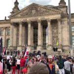 Berlin-Demo-am-29.-August-2020-Reichstag-gesturmt