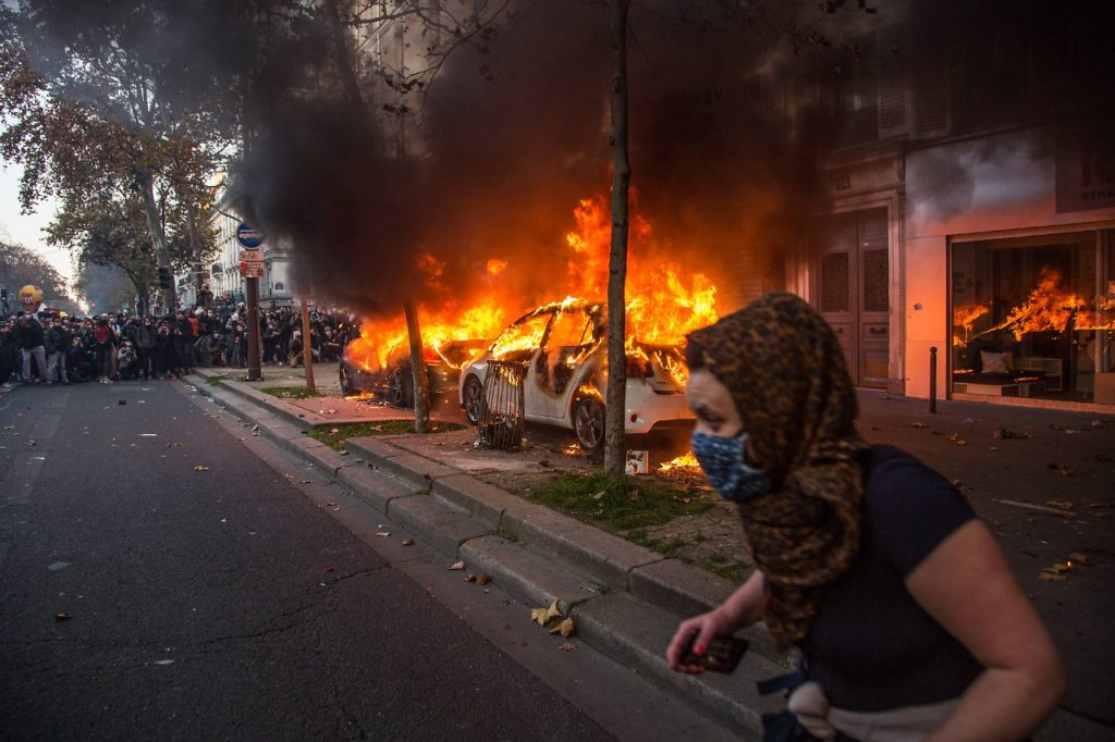 france violence 1024x682 - Images by News