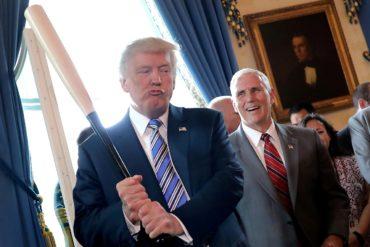 Donald_Trump_baseball